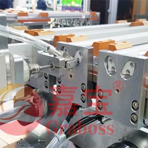 伺服侧面自动锁LED模组案例