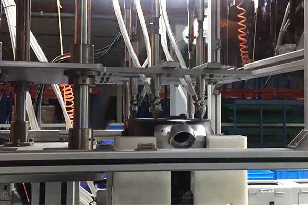 江苏某吸尘器有限公司多轴在线式全自动螺丝机案例