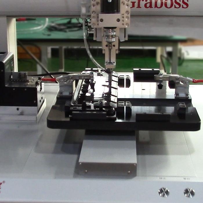 昆山打印机进纸器全自动送锁螺丝机案例