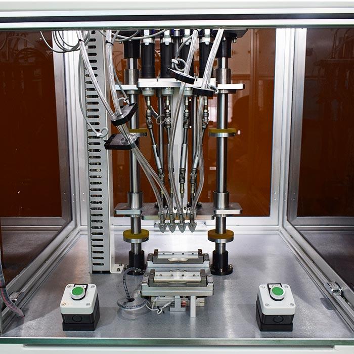 苏州某有限公司锁机器配件四轴锁螺丝机案例