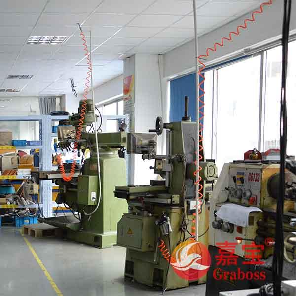 嘉宝自动螺丝机设备生产车间图