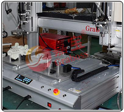 桌面双Y吸气式自动螺丝机