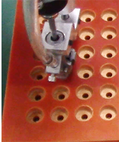 嘉宝手持套筒式拧螺丝机-自动送料图