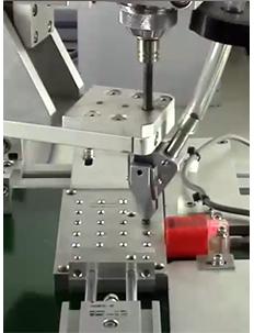 嘉宝GB-T331在线式全自动锁螺丝机-关节机器人-自动送料图