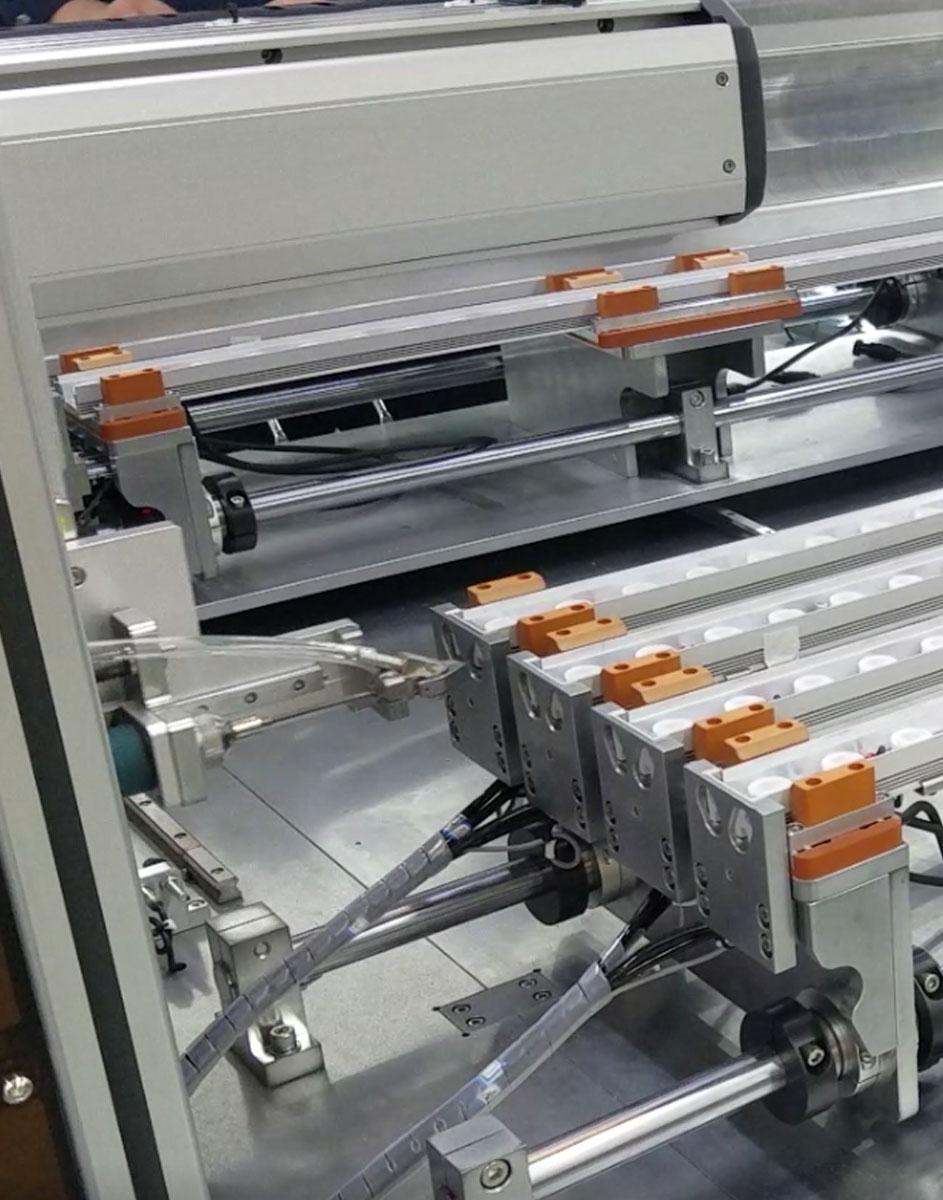 嘉宝自动锁LED螺丝机-自动送料图